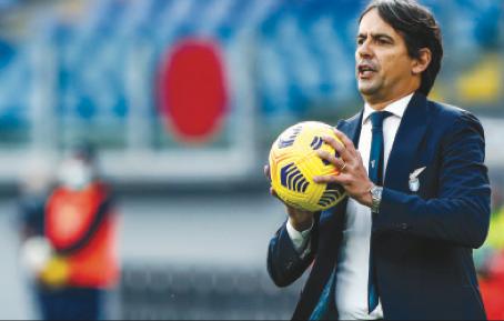 Lazio-Roma, derby del silenzio