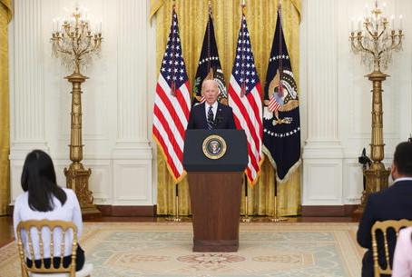 Biden: 'Segnali speranza dall'economia ma c'è ancora da fare'