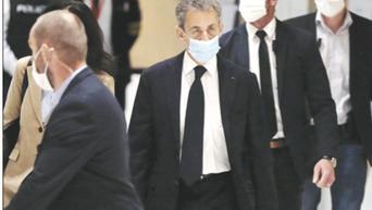 Nicolas Sarkozy a processo