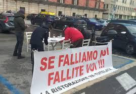 Covid, bar e ristoranti protestano in piazza: 'Fateci riaprire'