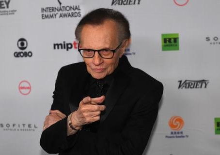 Addio a Larry King, ha intervistato da Obama a Madonna