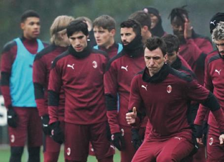 Il Milan raddoppia l'attacco