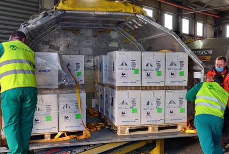 Vaccini: Figliuolo, in arrivo altri 7 milioni dosi Pfizer