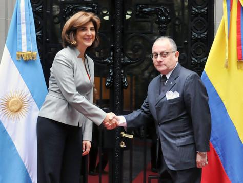 VISITA DE LA CANCILLER DE COLOMBIA Y REUNIÓN CON FAURIE.