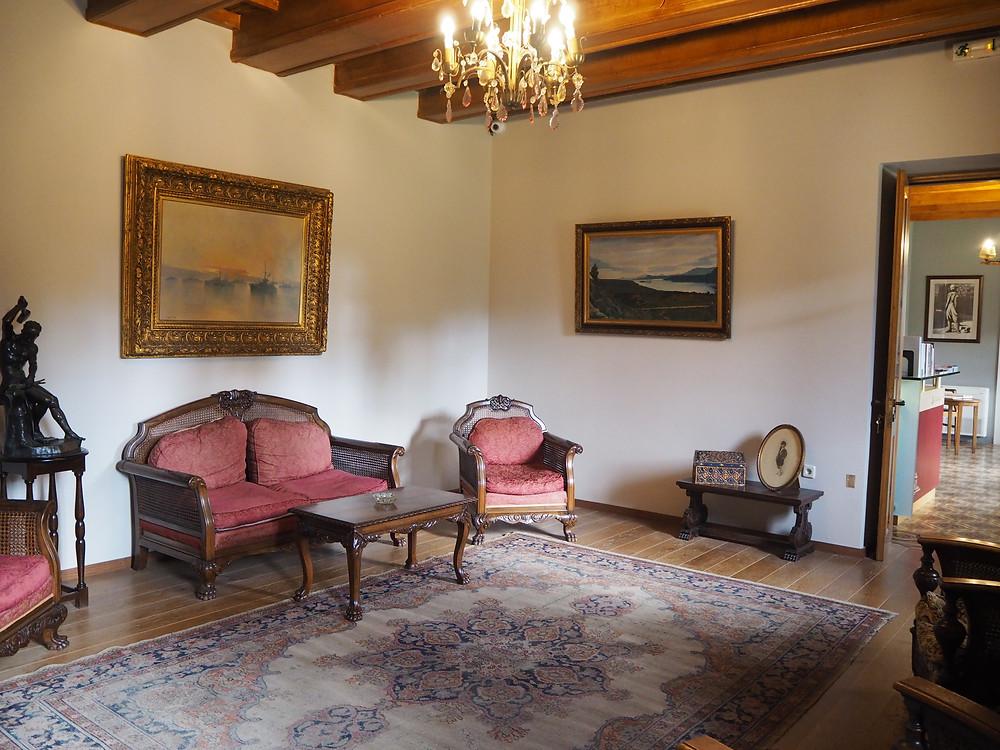 Chania Wine Tours: Eleftherios Venizelos Living Room