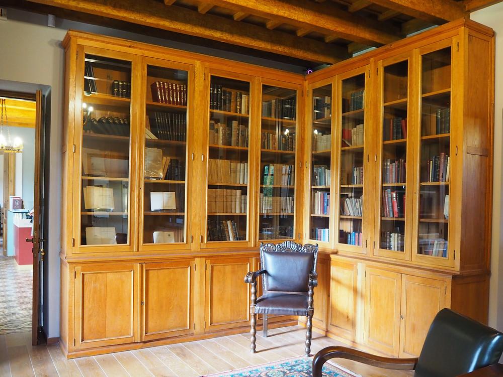 Chania Wine Tours: Eleftherios Library