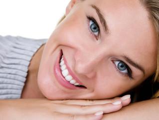 10 Maiores dúvidas sobre clareamento dental