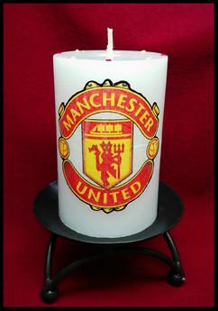 Специална свещ за футболни запалянковци