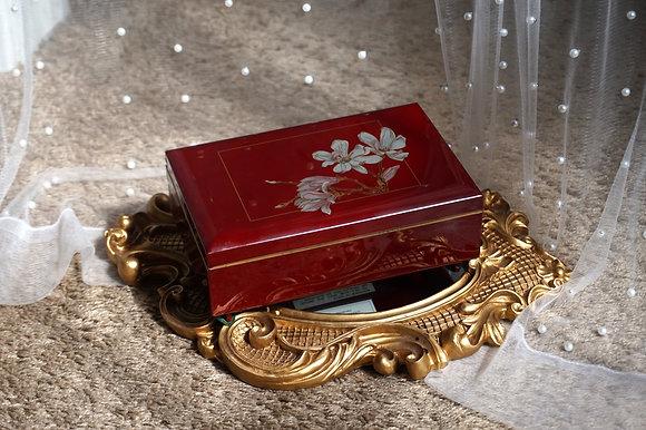 Vintage Laquerware Japan Musical Jewelry Box