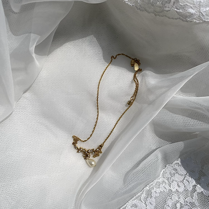 1928 Princess Pearl & Bow Necklace