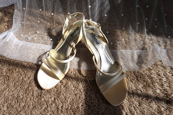 Strappy Unlisted Kitten Heels (size: 7.5)