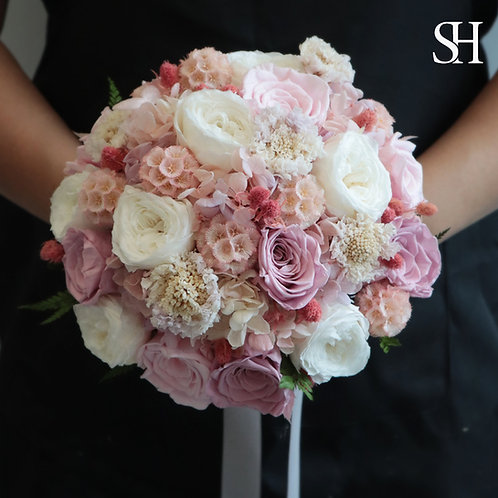 Bespoke Light Pink in Preserved flower