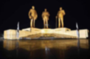 Three Dikgosi Monument.JPG