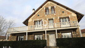 Pour IAD : Maison style 1900