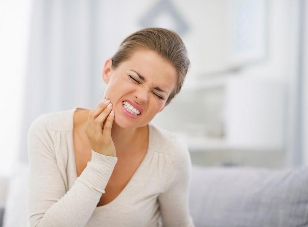 Bebidas e alimentos estão causando sensibilidade nos dentes?