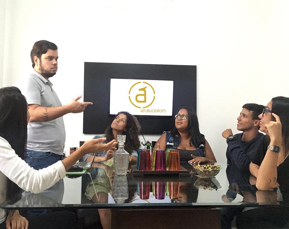 Diálogos sobre marketing digital: Agência Ápice desenvolve projeto PubliciDrops