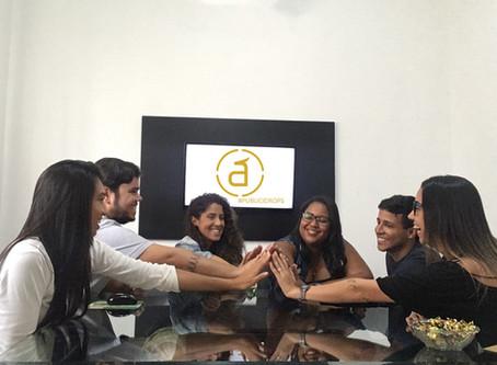 Publicidrops: Agência Ápice cria projeto para atualizar e inspirar colaboradores.