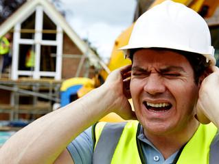Muito além da audição: barulho no ambiente de trabalho pode causar até problemas cardiovasculares