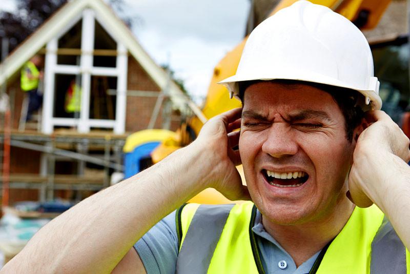 Saiba quais as consequências sobre tudo sobre a exposição ao barulho no ambiente de trabalho