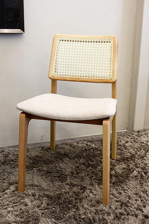 Raro Ofício - Cadeira Júlia