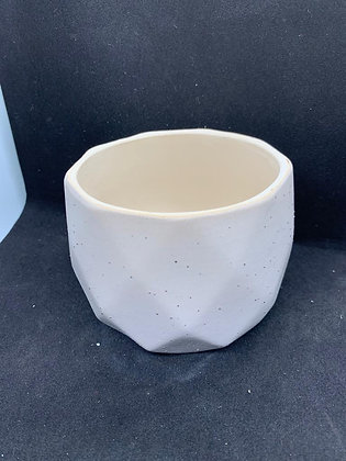 Pot #61 - (9x8cm)