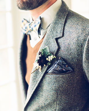 Cool-Pocket-Square-Bridal-Musings-Weddin