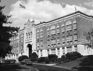 Roger Bacon High School