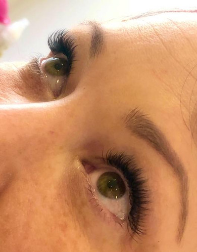 Fluffy lash extensions done today 💝.jpg