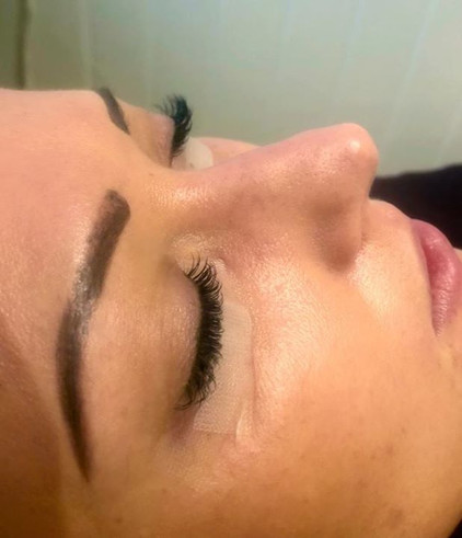 Eyelash extensions 💝.jpg
