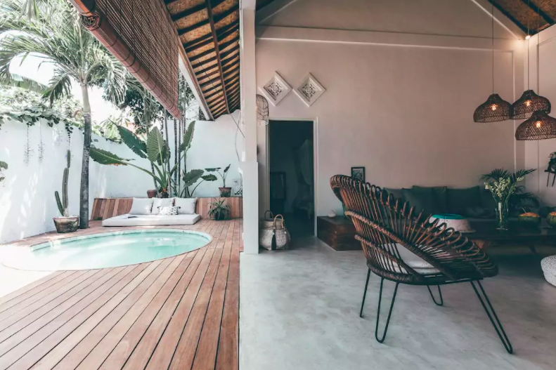 Bali-surfer-holiday