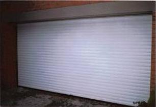 Standard aluminium garage door