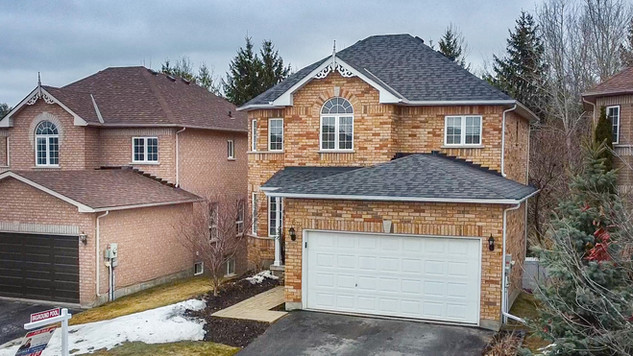 Real Estate Video Tour and Drone In Barrie