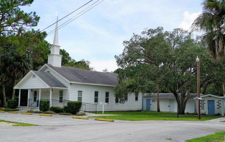 Aripeka-Baptist-Church1-768x486.jpg