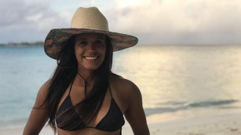 Conheça a história de Júlia Santos