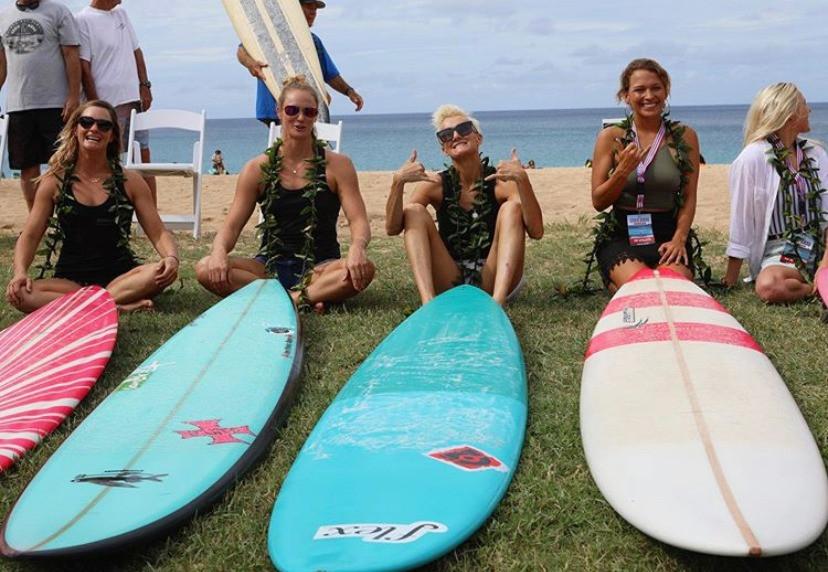 Presença de surfistas mulheres no The Eddie Aikau, no Hawaii, pela primeira vez