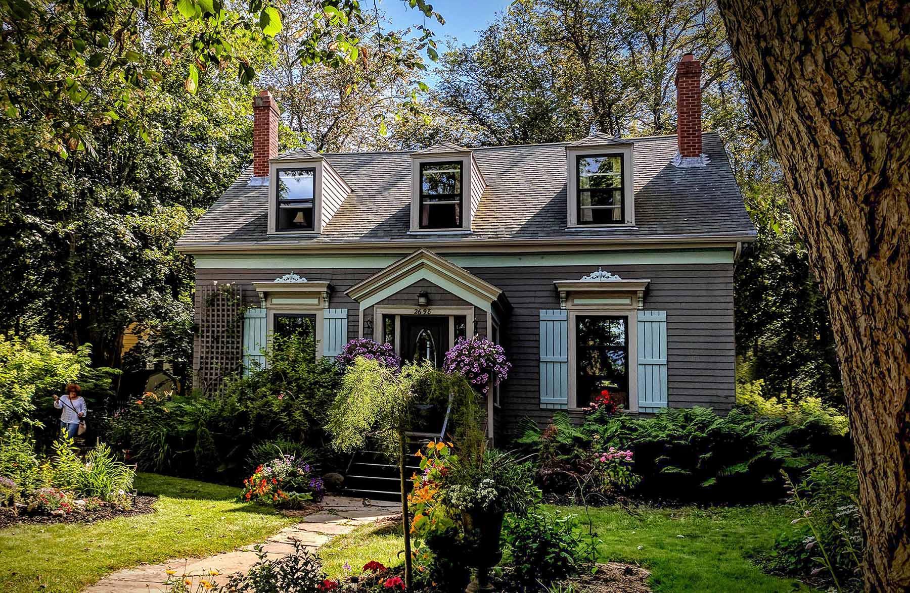 Bellevue Cottage