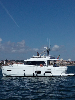 Renting a yacht in Lisbon