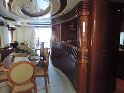 Yacht Azimut in Cascais
