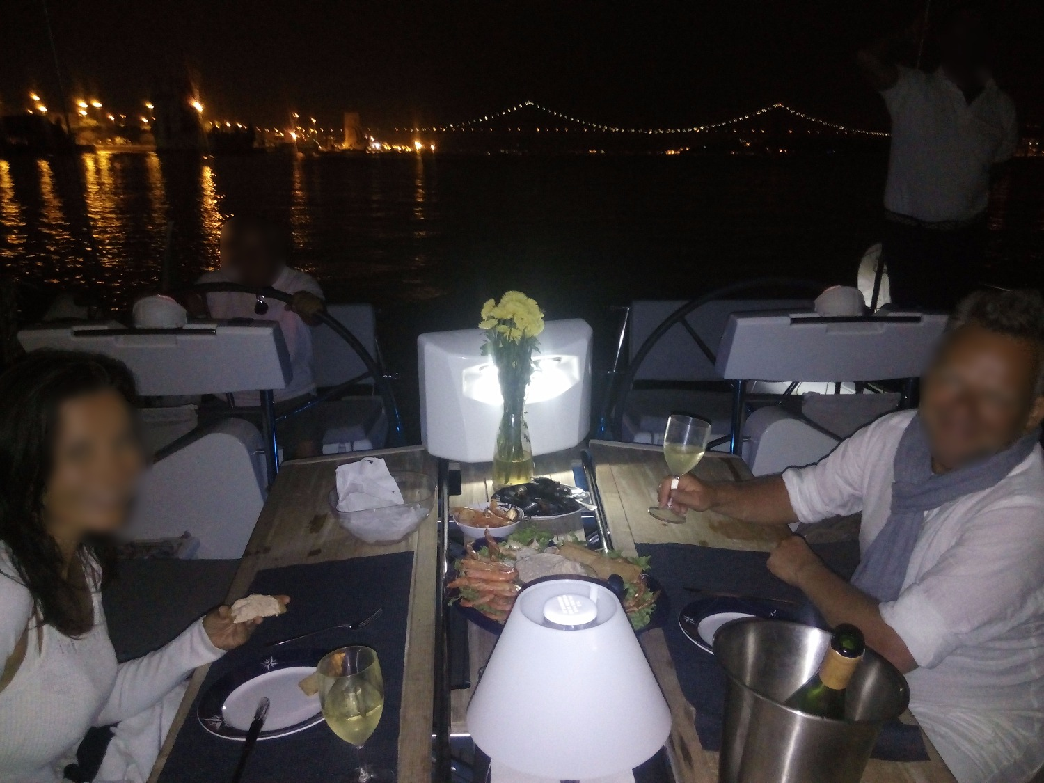 Romantic dinner in Lisbon