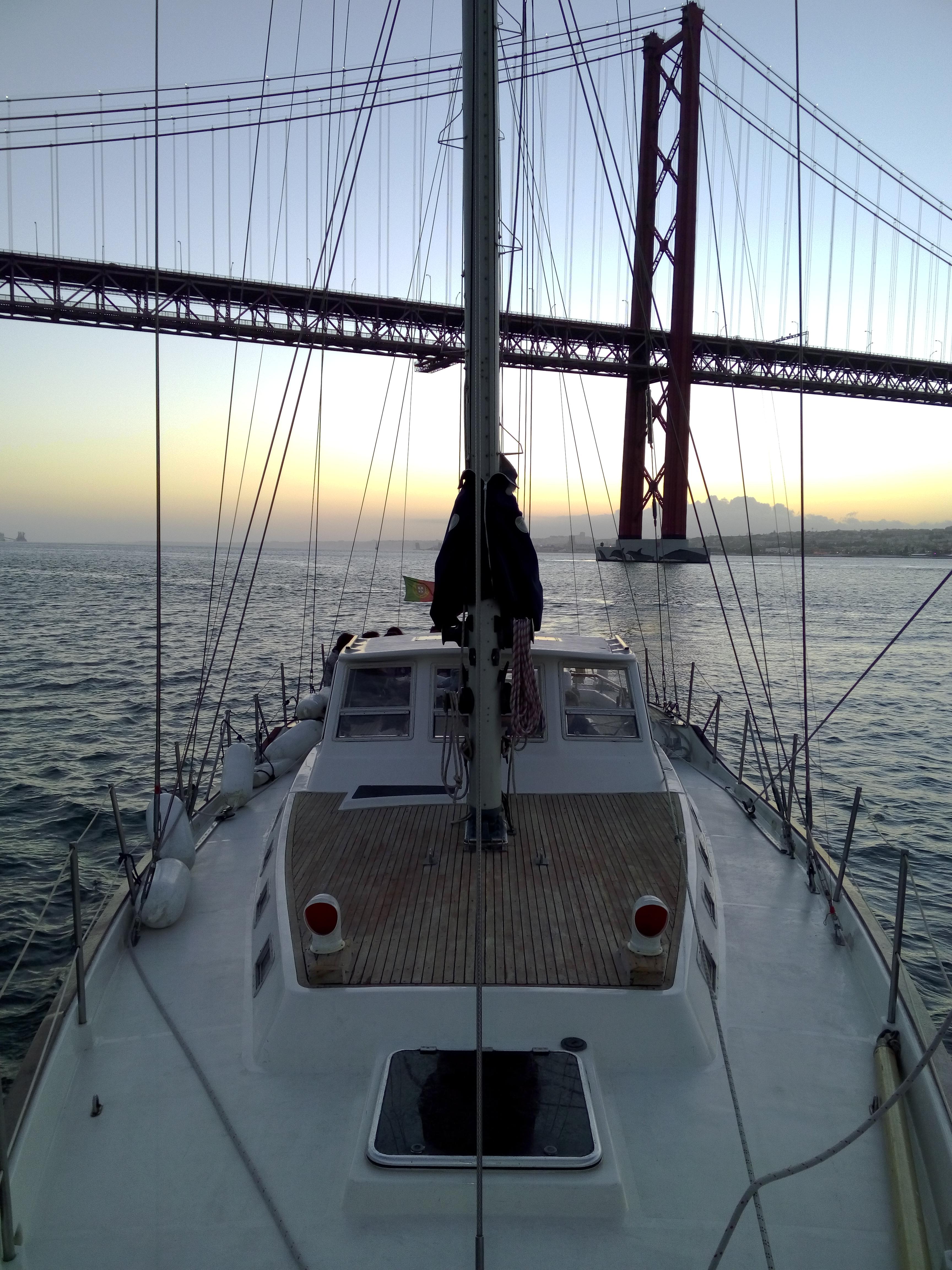 Barco à vela, Mikado 56'