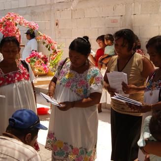Mujeres, Sahcabchén 2010