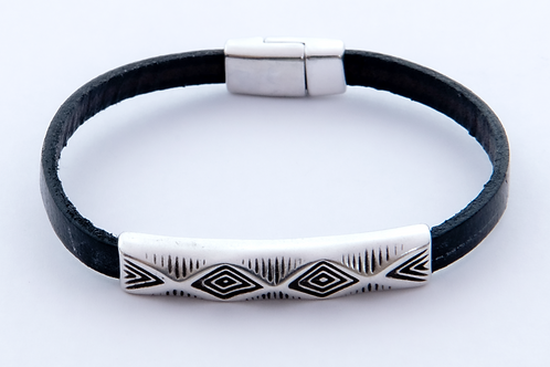 Aztec Diamond-Black with Dash of Silver