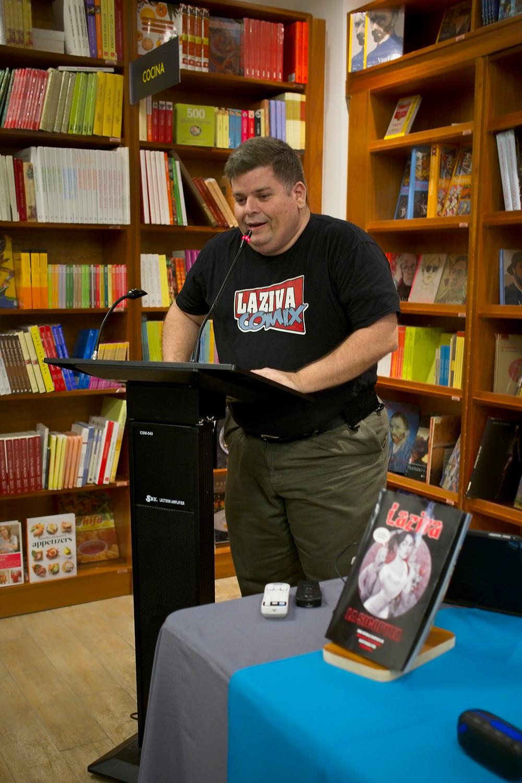 Rafael Serra durante la presentación de Laziva en Casa Norberto.