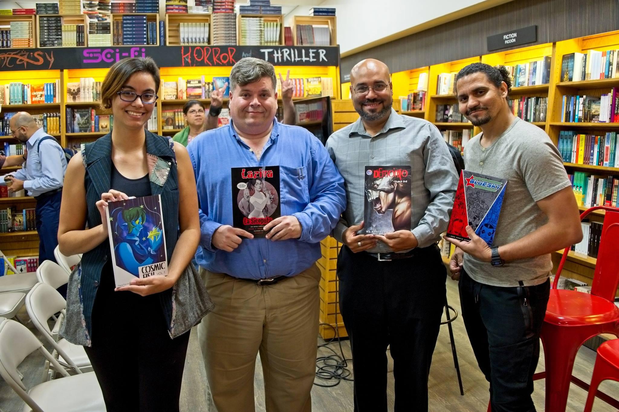 Eliana Falcón, Rafael Serra (Laziva), Juan Lapaix, Jay Jason, durante el Encuentro de Artistas de Cómics en The Bookmark.