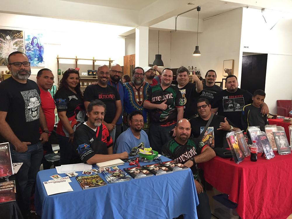 Artistas y escritores que participaron en el Cuarto Festival de Cómics Puertorriqueños.