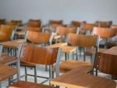 É proibida a entrada de novos estudantes de língua inglesa