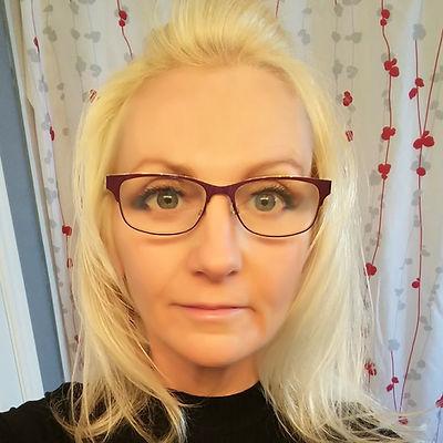 Steph Glasses.jpg