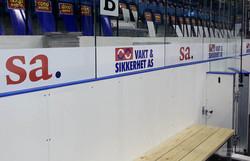 Klistremerker i arena