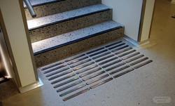 Ledelinjer og trappeneser