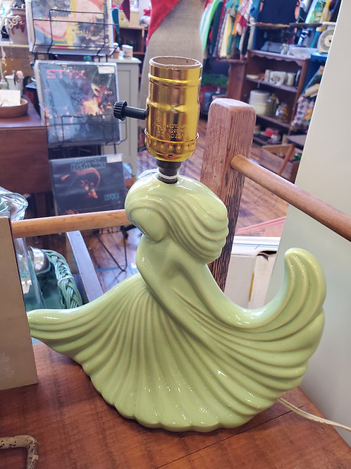 Lovely Vintage Art Deco Look Lady Lamp